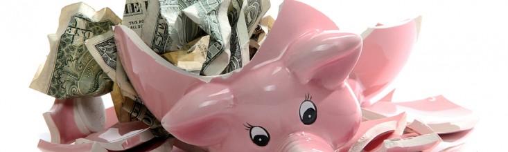 broken-piggy-bank-733x220